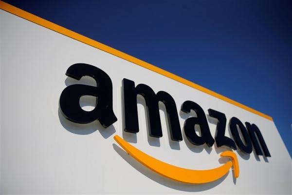 Amazon heq brendet e aksesorëve teknologjik pas zbulimit të skemës së fake reviews