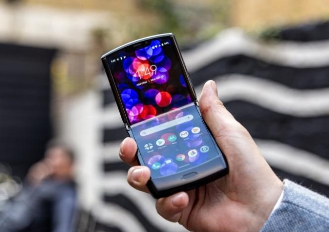 Dalin fotot e para të Motorola Razr 2020