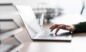 Si të gjeni laptopin e duhur për ju