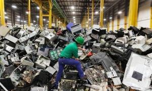 OKB ngre alarmin se në 2019 u prodhuan mbi 53.6 milion ton mbetje elektronike